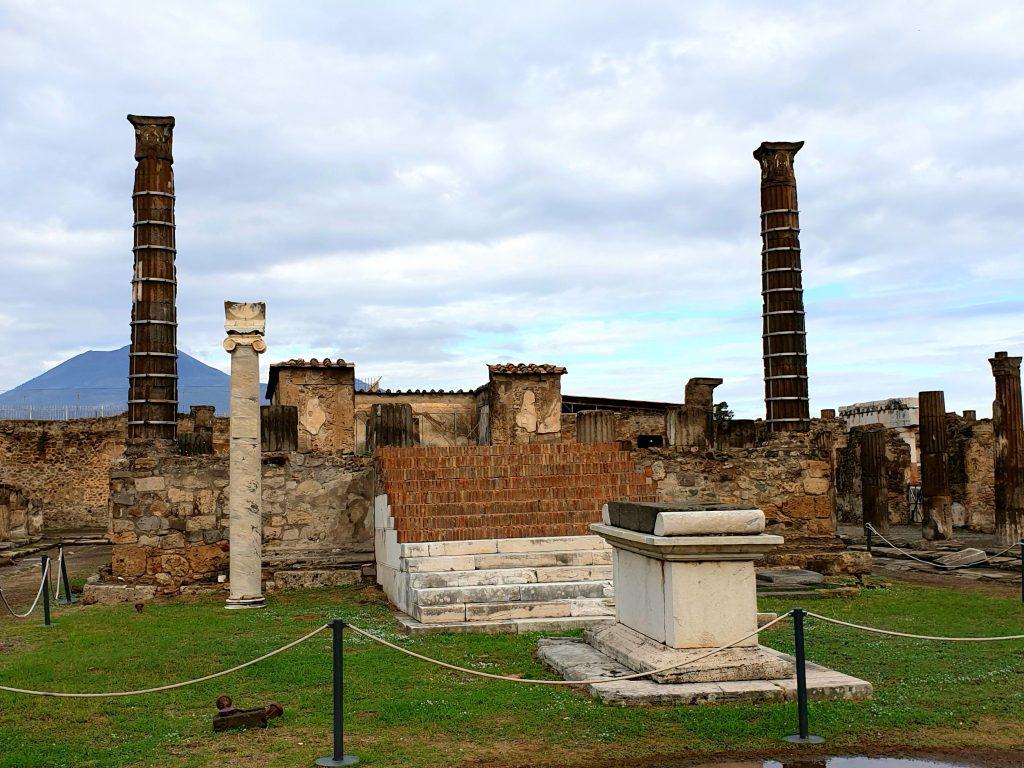 santuario-di Apollo-pompei