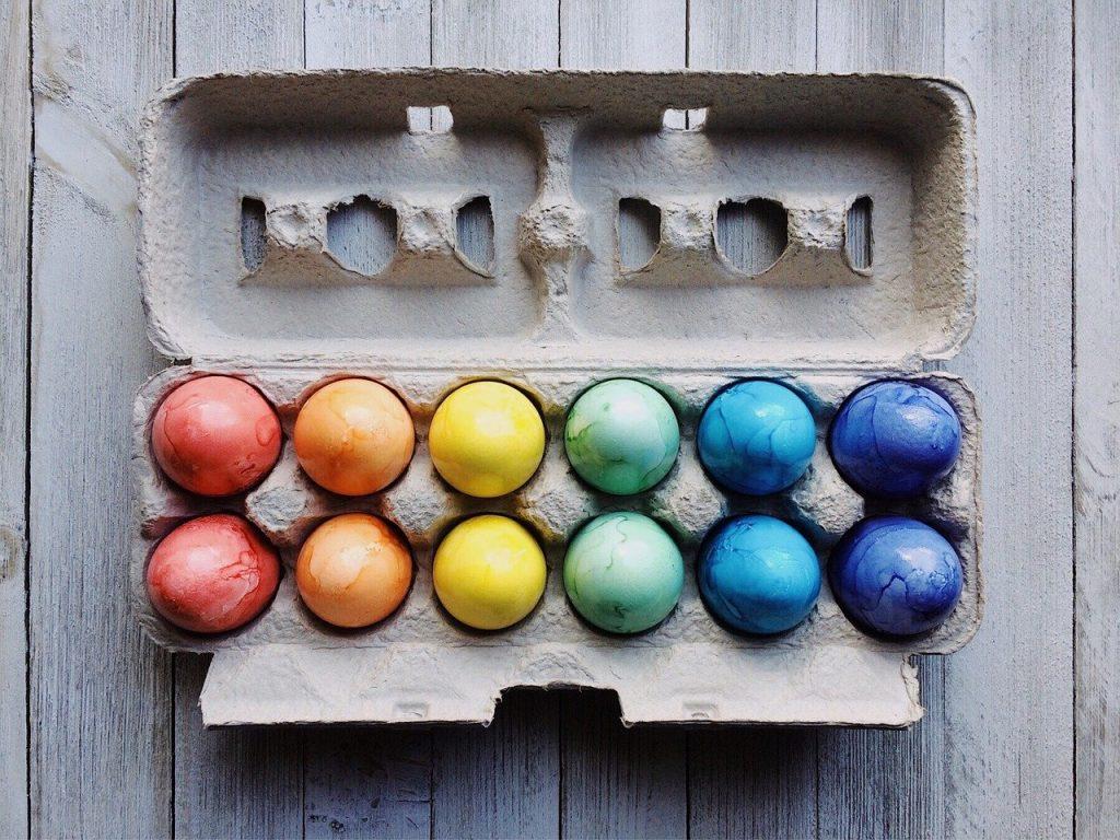 uova-colorate