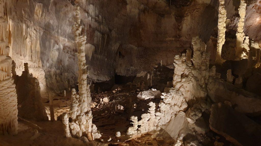 grotta-frasassi-visita-con-bambini