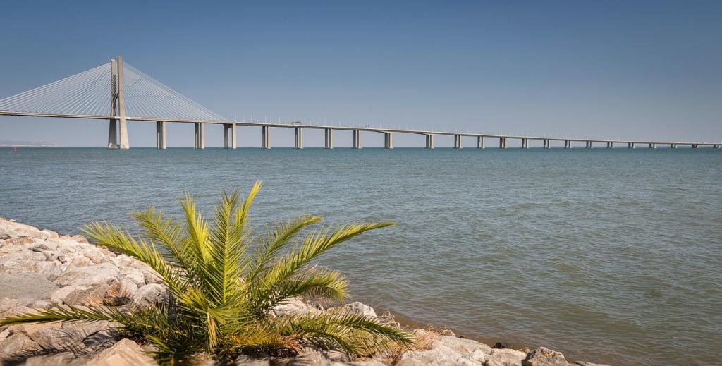 ponte-vasco-de-gama-lisbona